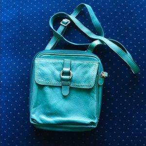 Fossil crossbody leather purse!